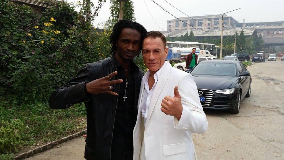 Jean Claude Van Damme Avec Son Chihuahua: KLS Miguel Lafleur : « Jean Claude Van Damme Est Plutôt