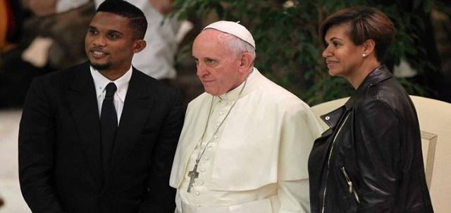Photo of Samuel Eto'o et Georgette, pour un mariage divin et papal en Italie