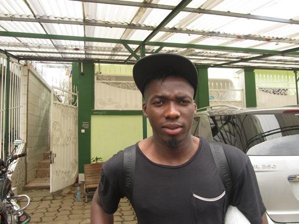 Photo of Lions Indomptables : Ambroise Oyongo abandonné à Bruxelles