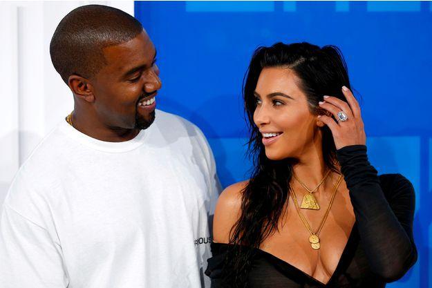 Photo of Les conseils mode de Kanye West à Kim Kardashian