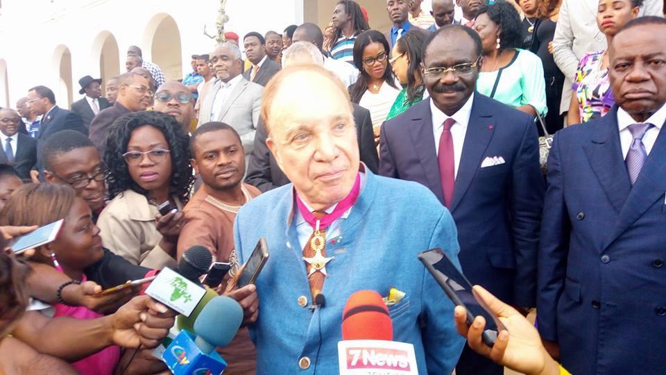 Photo of Pierre-Marcel Favre décoré par l'Etat du Cameroun et son Président Paul Biya !