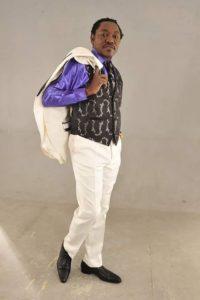 Ndedi Eyango réédite le tube « Nkongsamba » Sorti en 1991