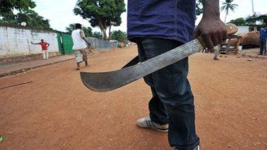 Photo of Lycée d'Obala: Un élève échappe à une décapitation mais s'en tire avec un doigt arraché ! (+ vidéo)