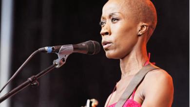 Photo of Incarcérée en France, l'artiste malienne Rokia Traoré a entamé une grève de la faim