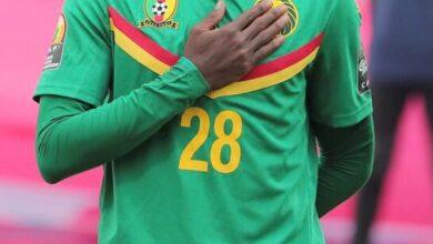 Photo de CHAN 2021 : Voici ce qu'Alfred Meyong a dit à propos de son attitude pendant l'hymne national lors du match Cameroun # Zimbabwe