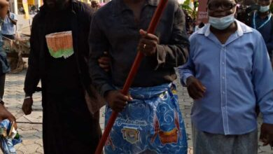 Photo de L'ancien international français Lilian Thuram fait notable Sawa, citoyen d'honneur et ambassadeur de la ville de Douala auprès de l'UNESCO