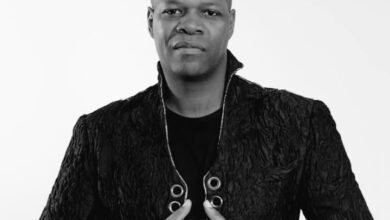Photo de Le journaliste Camerounais qui officiait sur RFI et France 24, Amobé Mevegué est décédé