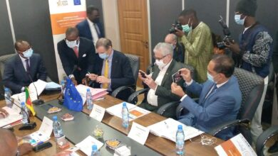 Photo de La kmer tech et l'Union Européenne signent une convention pour soutenir l'entreprenariat jeune en période de Covid-19